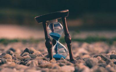 Zaman Azalıyor
